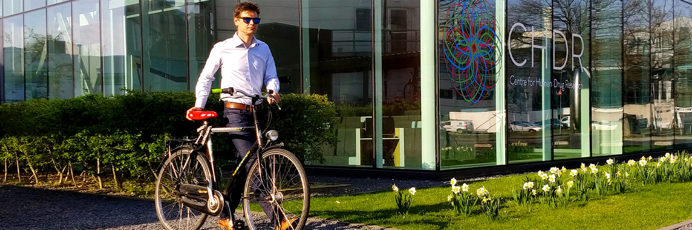 Ook zakelijk fietsen leasen? Dat is mogelijk bij EasyFiets! Voor een vast bedrag per maand is jouw personeel voorzien van een fiets.