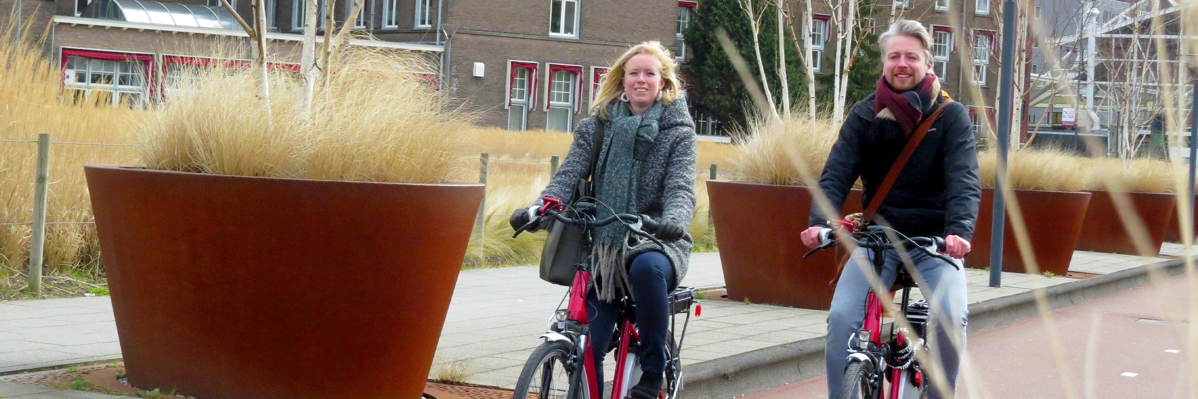 Elektrische fiets kopen? Maak eerst een gratis proefrit bij fietsenwinkel EasyFiets in Leiden!